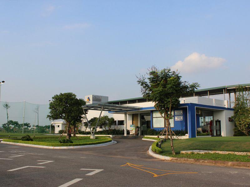 Sân golf Vân Canh nhiều dịch vụ tiện tích