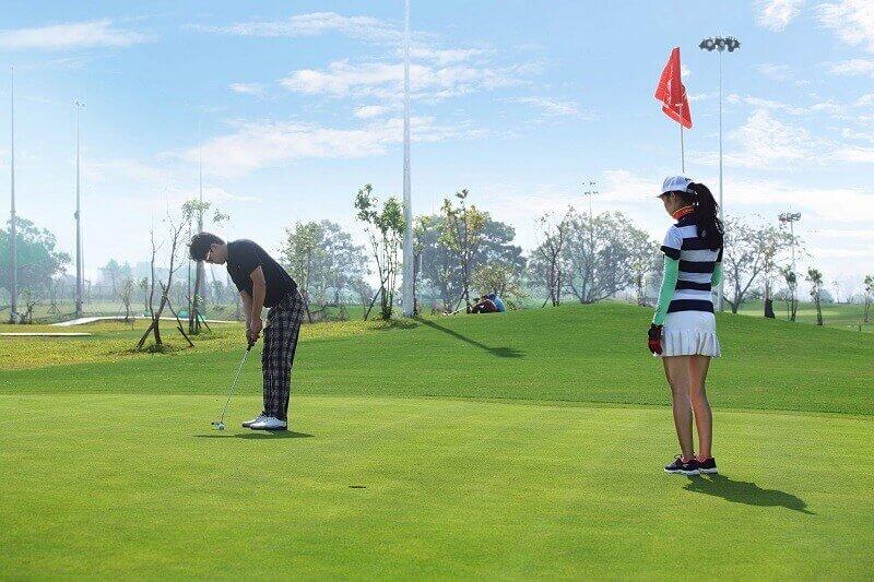 Mỗi hố golf là một thử thách cho người chơi