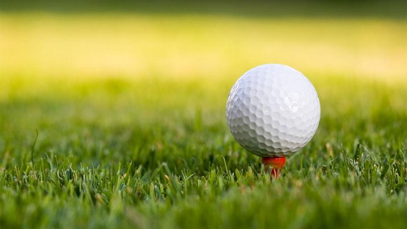 Xung quanh bóng golf thường có các vết lõm