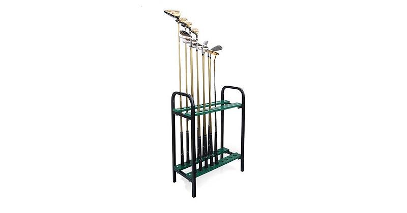 Giá để gậy golf giúp người chơi sắp xếp những cây gậy trở nên gọn gàng