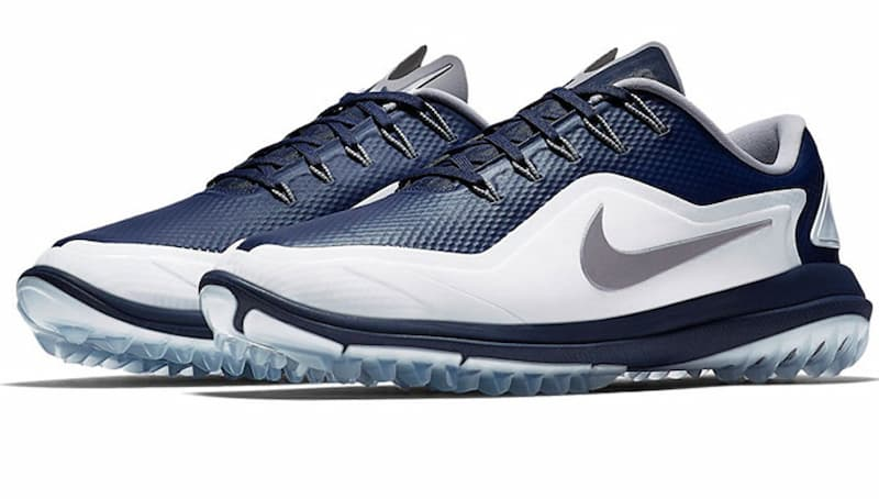 Nike Vapor 2 Wide được áp dụng công nghệ cao vào quá trình sản xuất