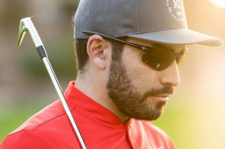 Kính golf vừa bảo vệ đôi mắt, vừa tạo nên phong cách cá tính của golfer
