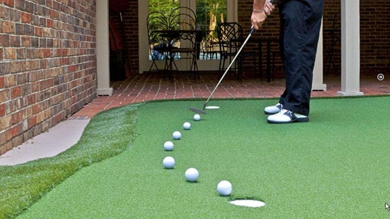 Thảm putter golf dùng để luyện cú putt kết thúc hoàn hảo nhất