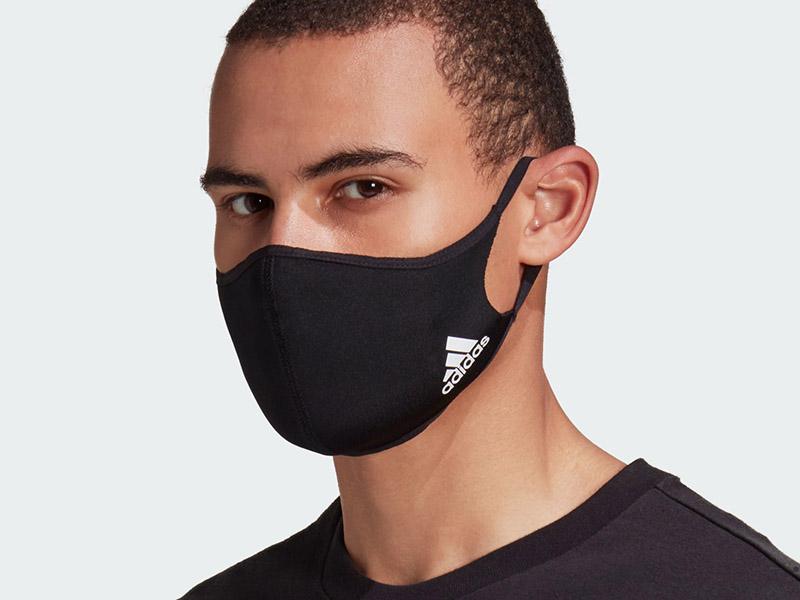 Nike với sản phẩm khẩu trang đơn giản mà đẹp mắt