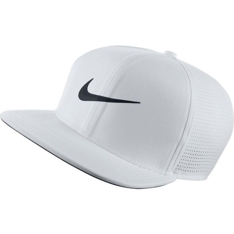 Mũ từ thương hiệu Nike