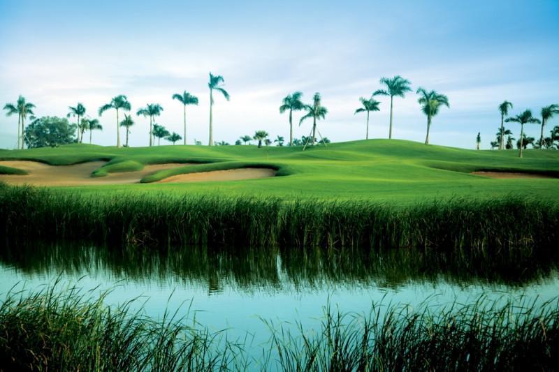 Nếu có nhu cầu chơi golf thường xuyên quý golfer có thể đăng ký làm thẻ hội viên