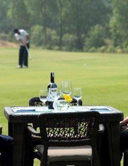 Có rất nhiều dịch vụ tiện ích tại sân golf Laguna