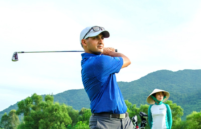 Với địa hình tuyệt đẹp, các golfer có thể thỏa sức tung gậy