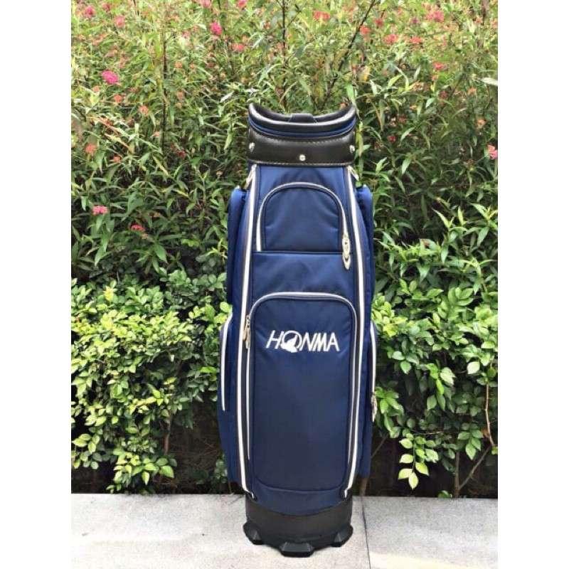Túi gậy golf vải dù Honma là mẫu túi bền đẹp với mức giá rất phải chăng được rất nhiều golf thủ Việt ưa thích