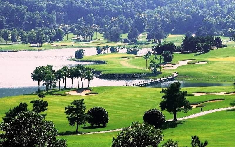Sân golf Tam Đảo ở Vĩnh Phúc là một trong những sân tập lớn nhất hiện nay