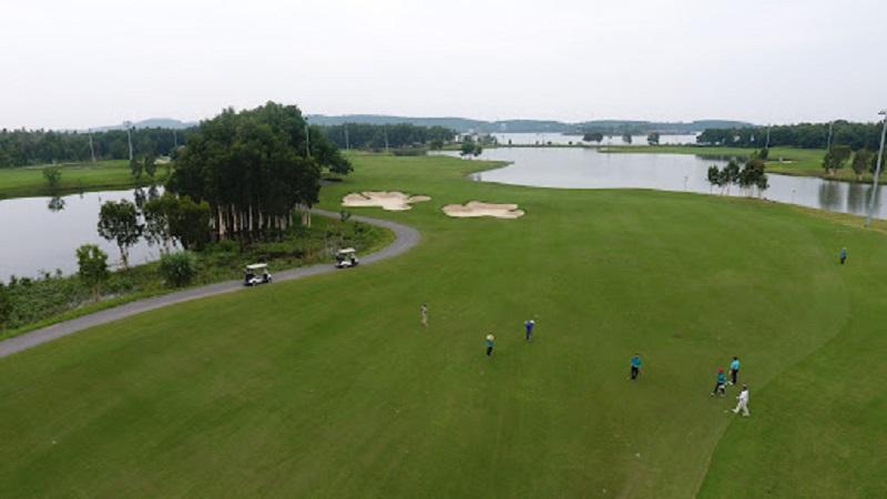 Sân golf Vĩnh Phúc - Đại Lải Star Golf & Course được nhiều người yêu thích