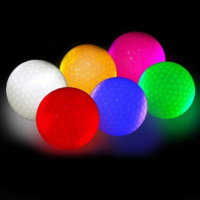 Ánh sáng phong phú từ các loại bóng golf sẽ tạo nên khung cảnh ấn tượng