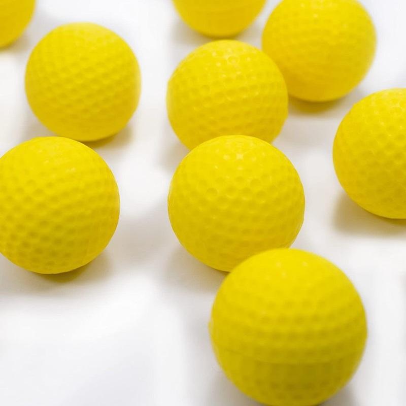 Dùng bóng xốp tập golf tiết kiệm hơn so với bóng thật