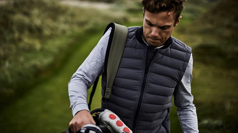 Áo gile golf khá phong phú về chất liệu và kiểu dáng