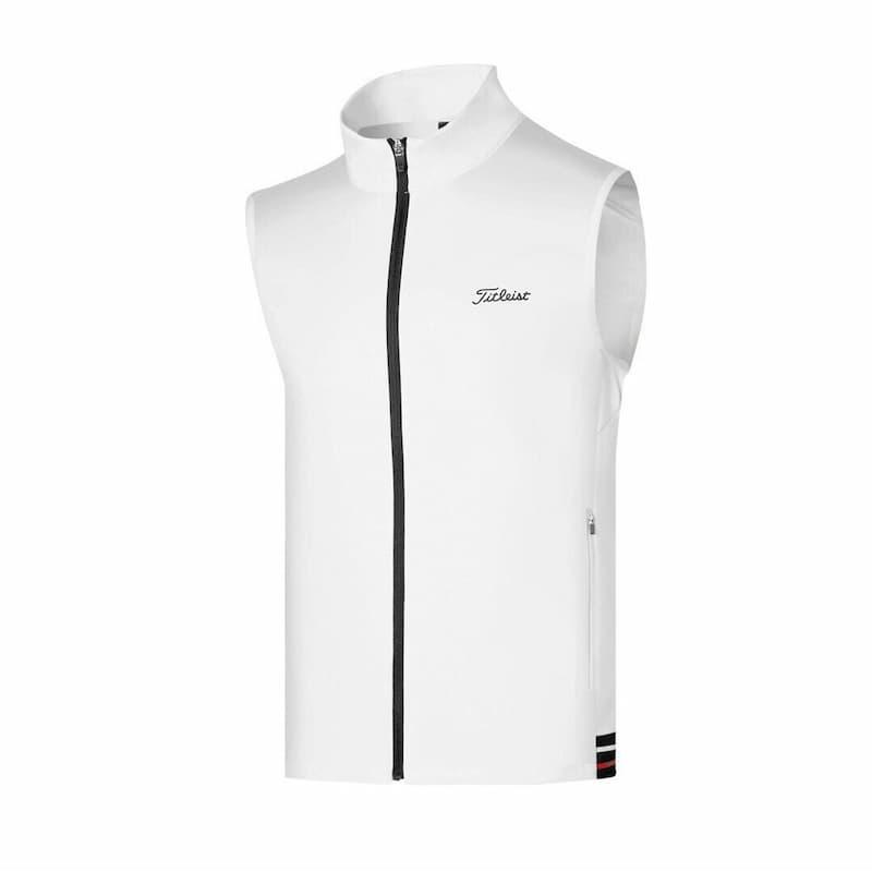 Sản phẩm giữ ấm tốt, trọng lượng nhẹ và có khả năng chống nhăn giúp áo luôn đẹp mắt và gọn gàng
