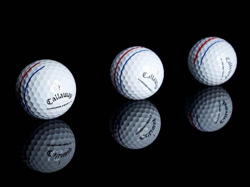 Bóng golf 2 lớp đến từ hãng Callaway gây ấn tượng vì thiết kế đẹp mắt