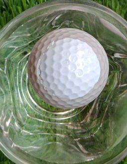 Bóng golf nổi có thể nổi được trên mặt nước