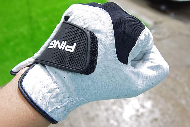 Găng tay golf Ping sở hữu nhiều công nghệ hiện đại