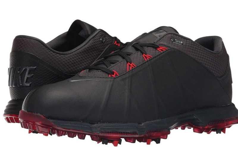 Giày golf Men's Lunar Fire giúp golfer khẳng định được cá tính mạnh mẽ
