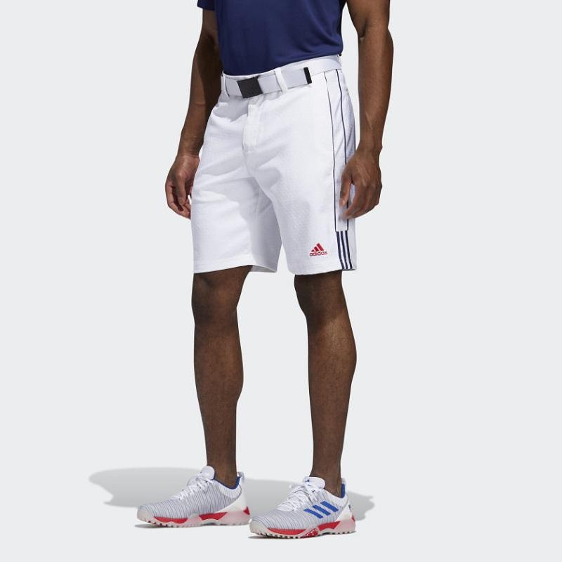 Quần golf nam dáng short rất được ưa chuộng