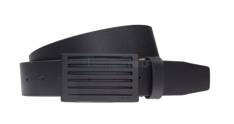 Thắt lưng golf Speed Stripe Nike được thiết kế bằng chất liệu cao cấp
