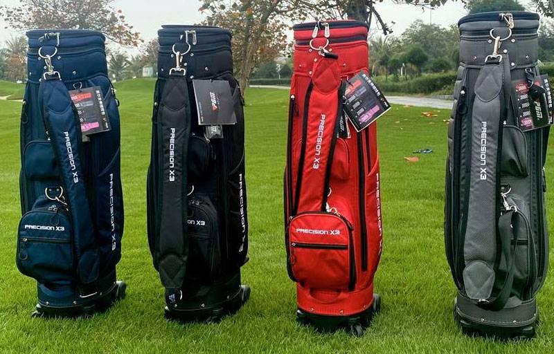 Túi gôn hàng không là dụng cụ phổ biến với các golf thủ