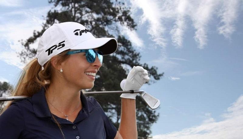 Kính Cosver được thiết kế sang trọng, tạo sự đẳng cấp cho golfer sở hữu