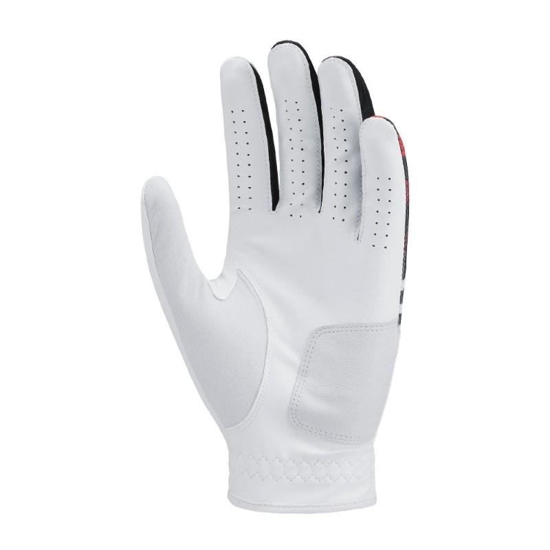 Găng tay của hãng thường có thiết kế thông minh