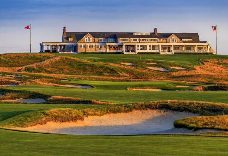 Shinnecock Hills Golf Club là sân đầu tiên thiết kế theo dạng gò cát