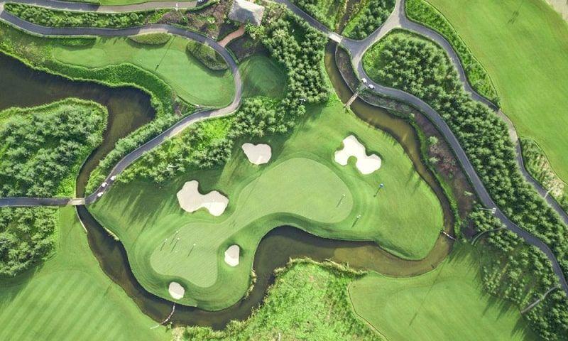 Hình ảnh sân golf FLC Sầm Sơn từ trên cao