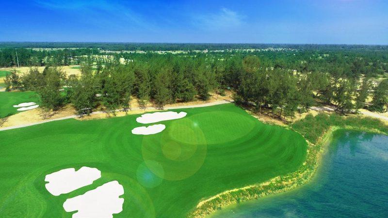 Sân Vinpearl Nam Hội An Golf mang phong cách Links với địa hình, xây dựng trên những cồn cát