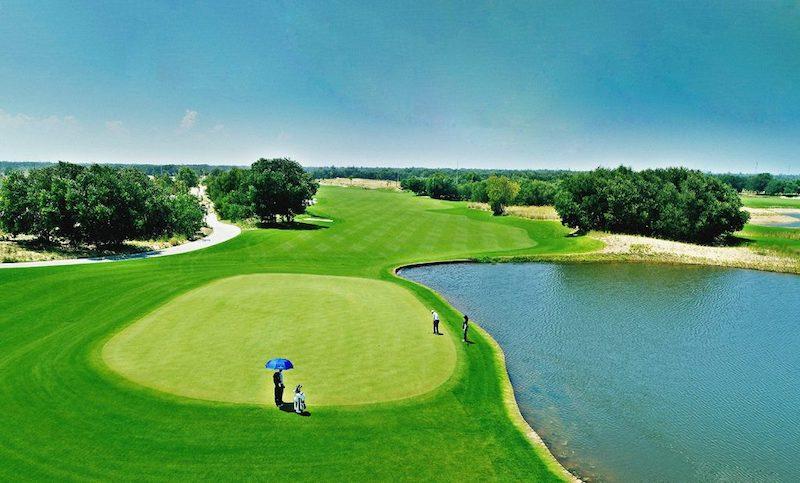 Địa hình cồn cát thách thức mọi Golf thủ