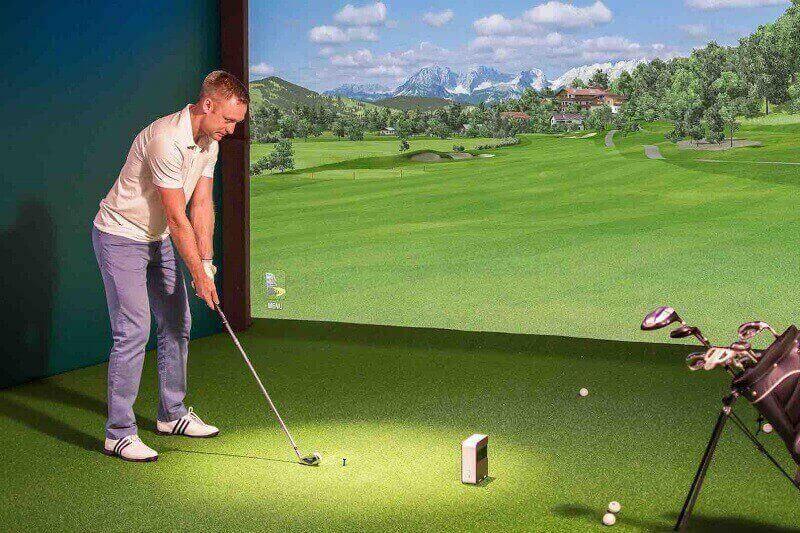Quá trình thi công sân tập golf ở trong nhà thường khá đơn giản, lắp đặt nhanh chóng