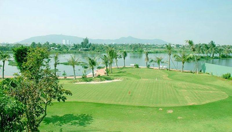 Chí Linh là sân golf đầu tiên hoạt động tại Vũng Tàu