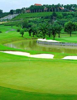 Tìm hiểu về sân tập golf rạch chiếc