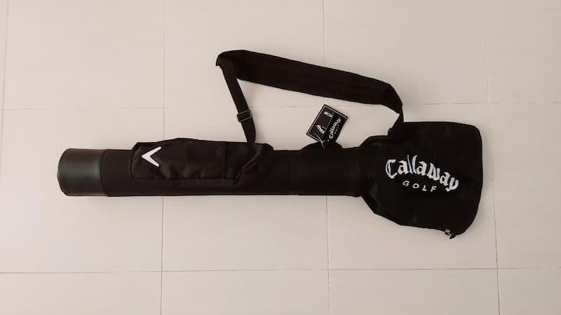 Mẫu túi này của nhà Callaway có thể chứa được từ 5-8 gậy với ưu điểm cực kỳ nhỏ gọn