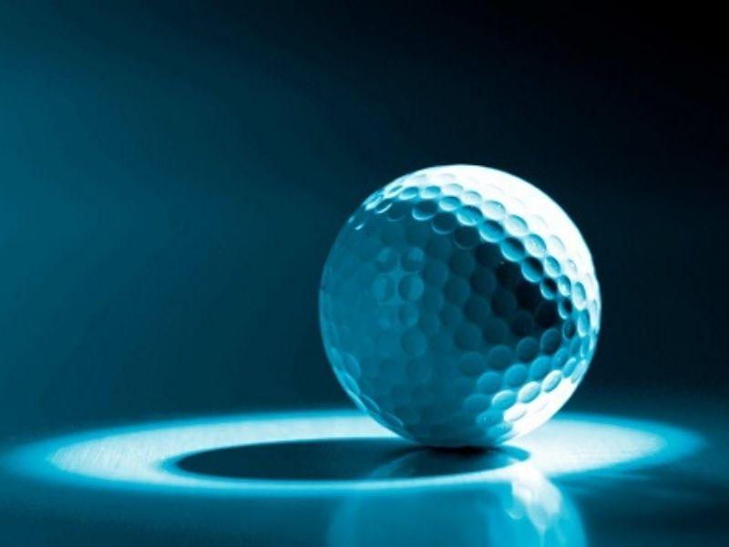 Golfer nên căn cứ vào vết lõm trên bóng để lựa chọn