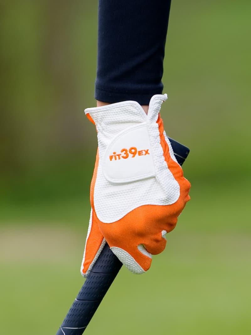 Găng tay golf Fit39 dòng Classic có thiết kế đơn giản và công năng vượt trội