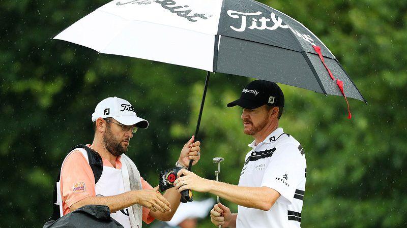 Ô golf Titleist gồm 2 dòng sản phẩm chính là ô Tour và ô Players